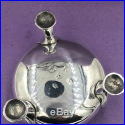 18th Century silver cauldron salt cellar London 1752 Heavy! 101 grams