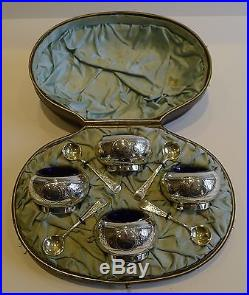 Boxed Set Antique English Sterling Silver Open Salts & Spoons 1881