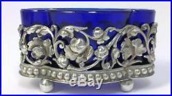 Pair of Victorian hallmarked Silver Salt Cellars/Dishes (Liners & Spoons) 1899