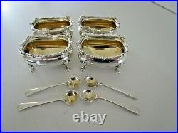 Set 4 Sterling Silver Salt Cellars & Spoons, Birmingham 1920