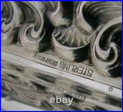 UNUSUAL NORWEGIAN STERLING SILVER VIKING BOAT SALT CELLAR 3.75inch